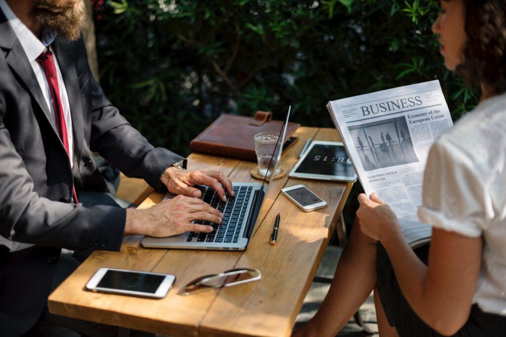 La importancia de tener un traductor para negocio internacionales